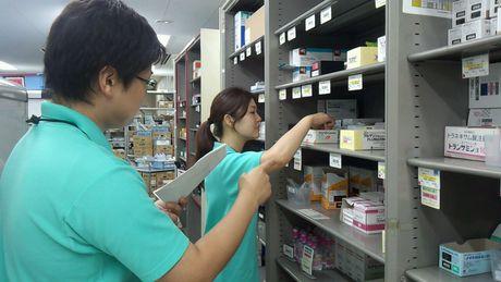 病院内での医薬品を取り扱うお仕事!大手物流企業グループで社員として働きませんか?未経験者が活躍中!